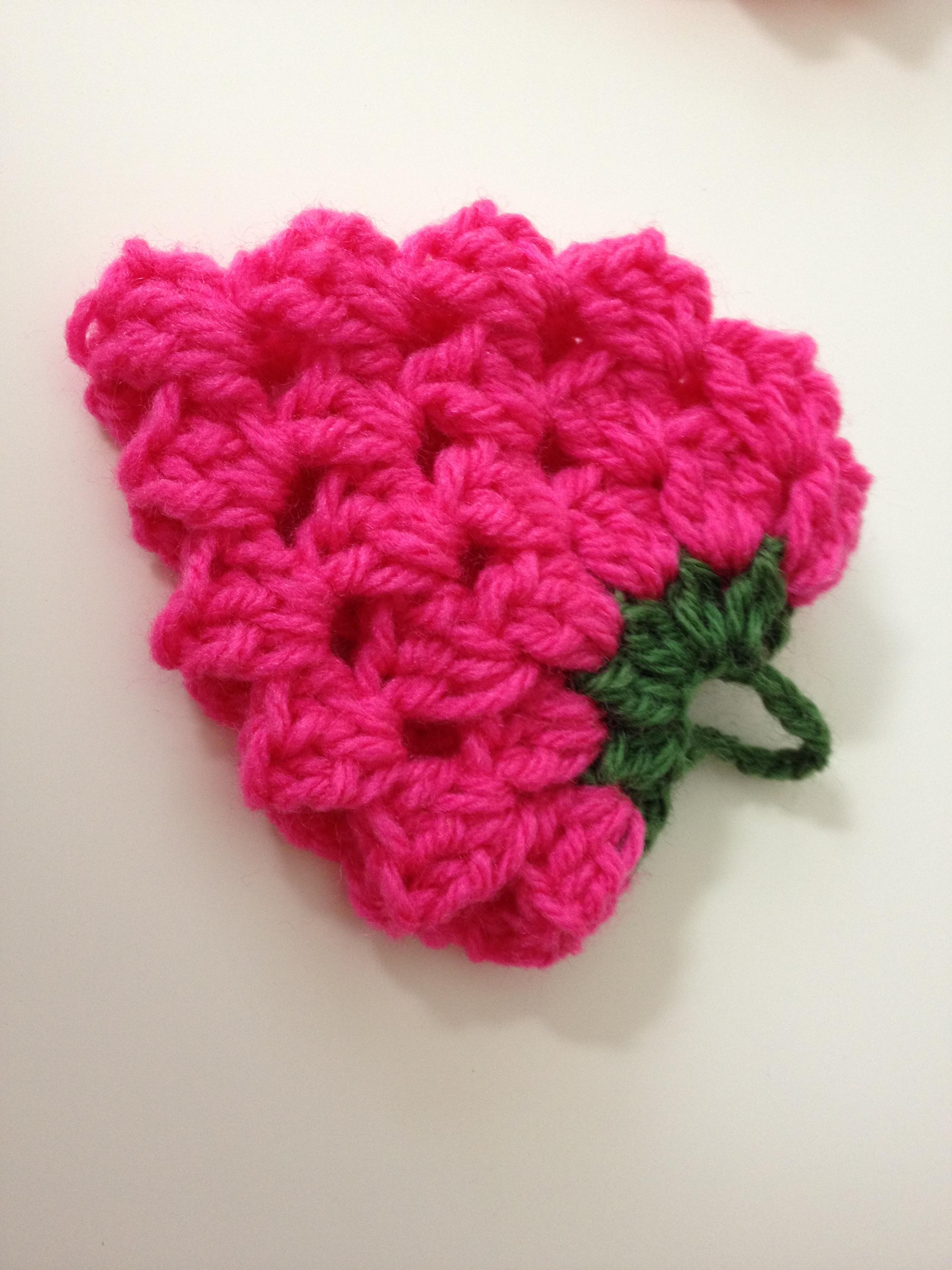 アクリルたわしの編み方!初心者でも簡単に毛糸でエコたわしの作り方   女性がキラキラ輝くために役立つ情報メディア