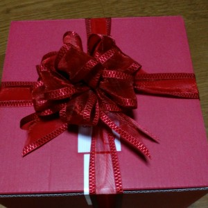 【プレゼント】リボンボウを箱につける!